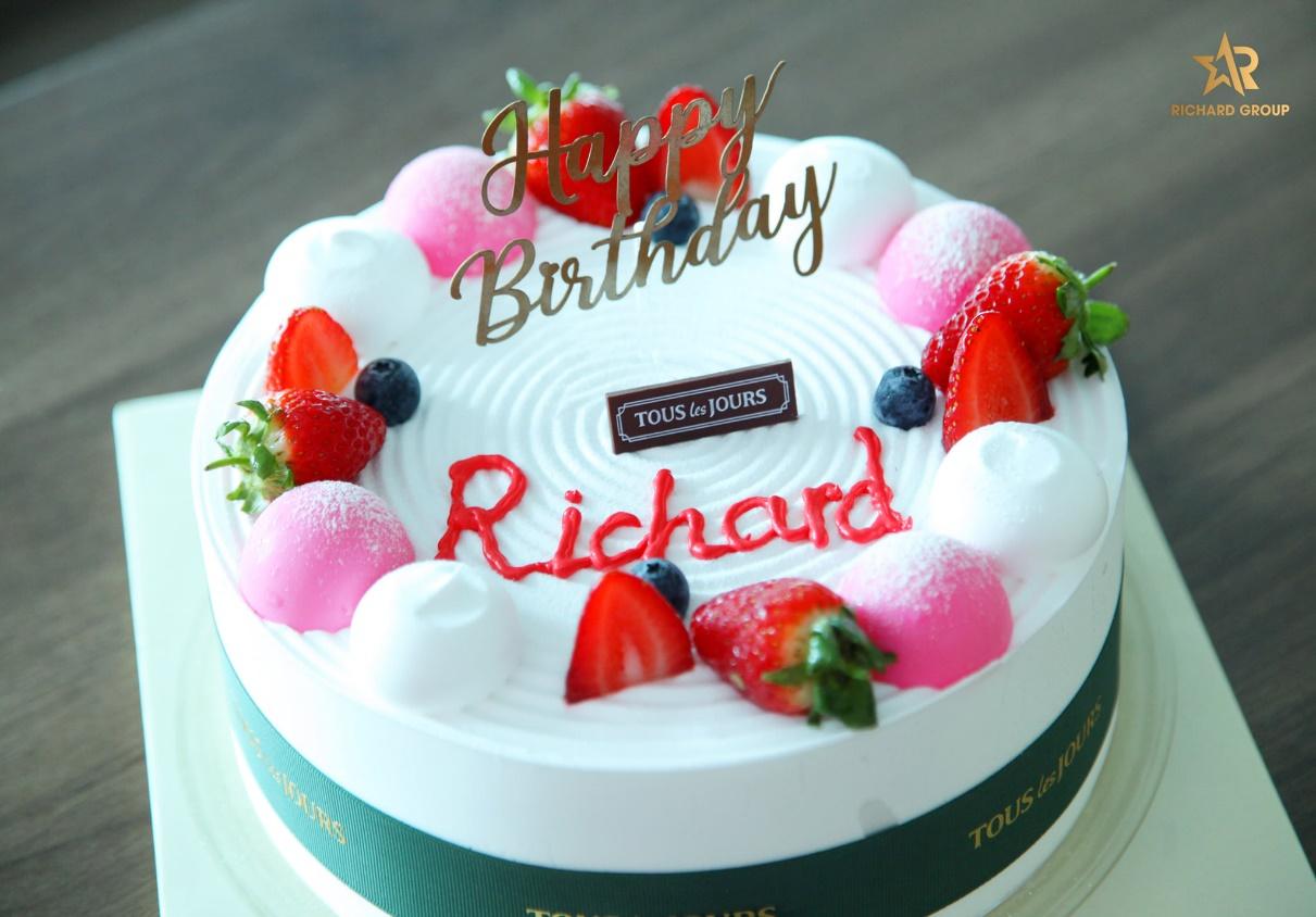 Chúc mừng sinh nhật nhân viên công ty Richard Group Quý I/2021